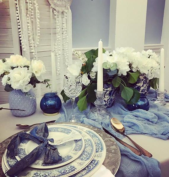 Blue terracotta, Mediterranean style wed