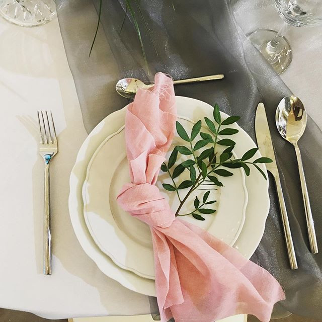 Styling. #weddingtabledecor #weddingtabl