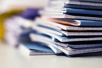 Stapel von Notebooks