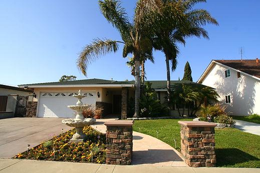 www.SelectHomesRealEstate.com 9871 Frederick Circle 1 house.jpg