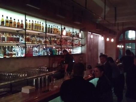 Reabre el bar Shout, rescatando su arquitectura original
