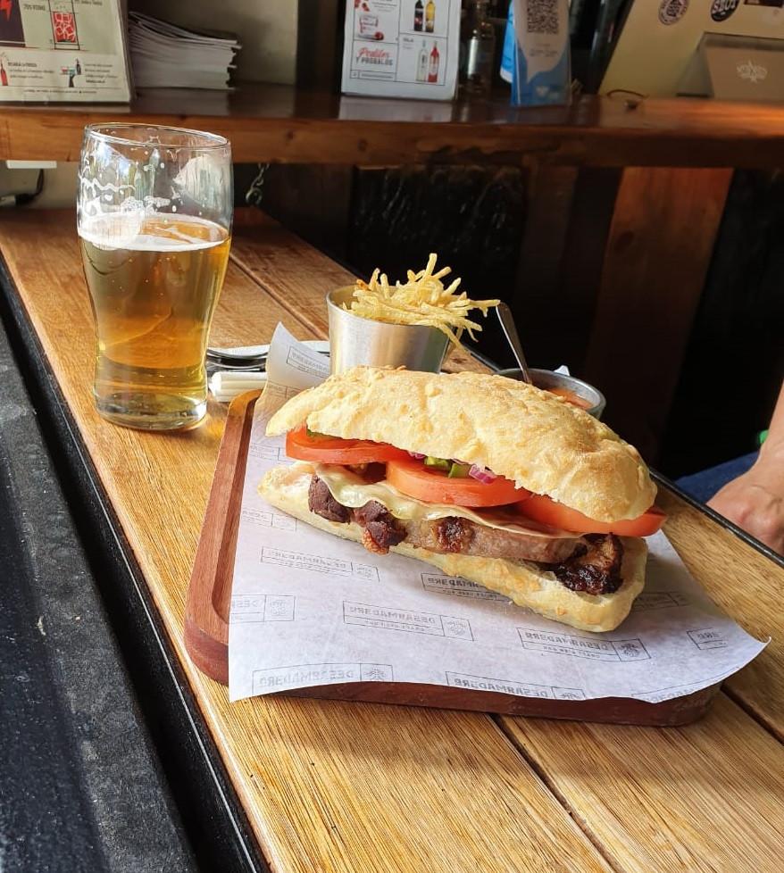 sandwich de ojo de bife