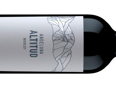 Andeluna presenta nueva imagen con su Altitud Merlot