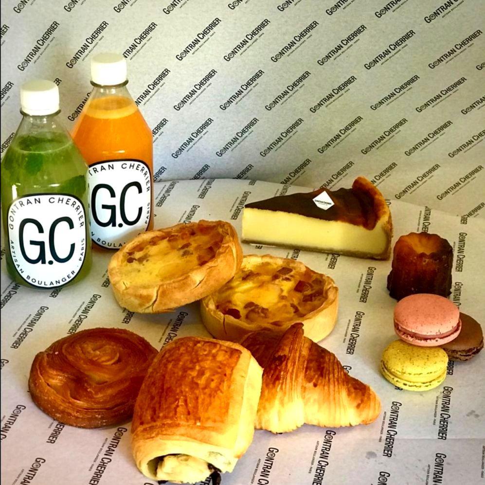Desayuno de cumpleaños de Gontran Cherrier