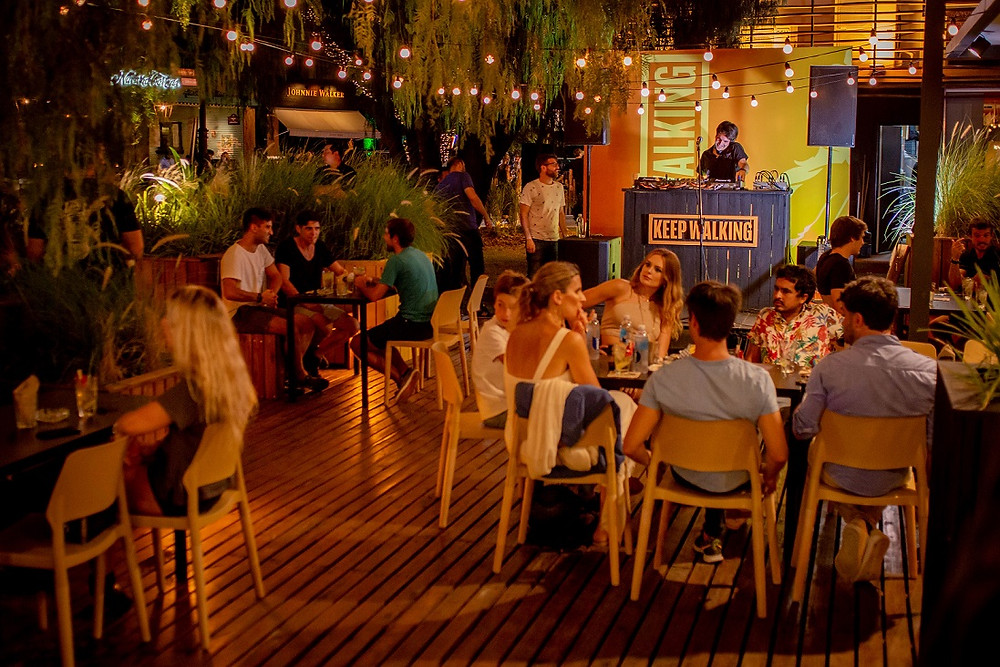 Highball bar, en el Campo Argentino de Polo