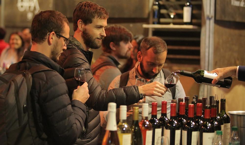 cata de vinos de bodega Goyenechea