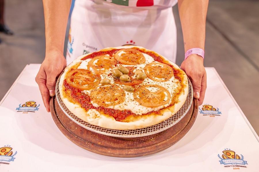 Noche de la pizza y la empanada