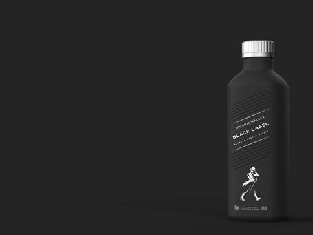 Johnnie Walker estrena botella 100% libre de plástico