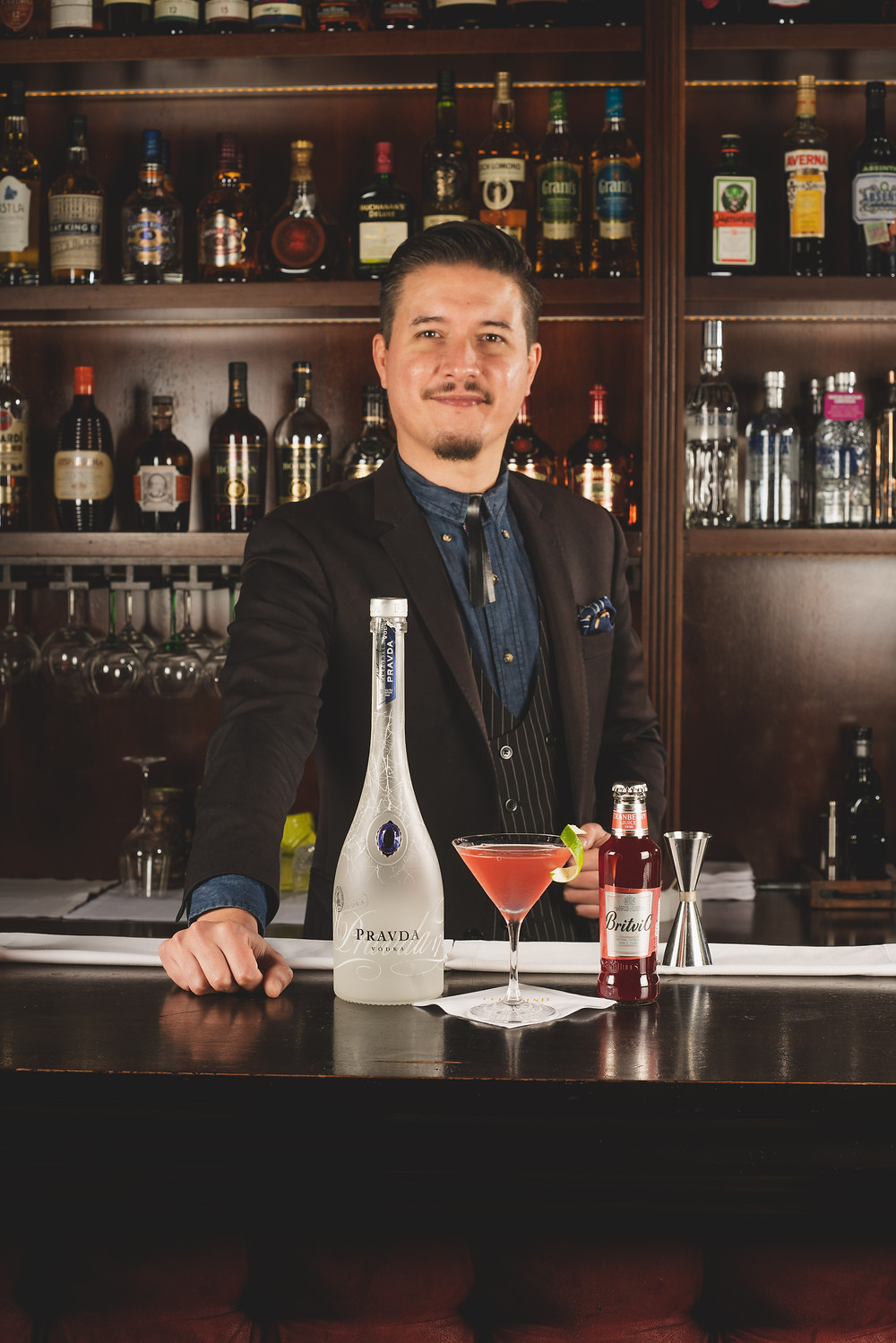 bartender Seba García