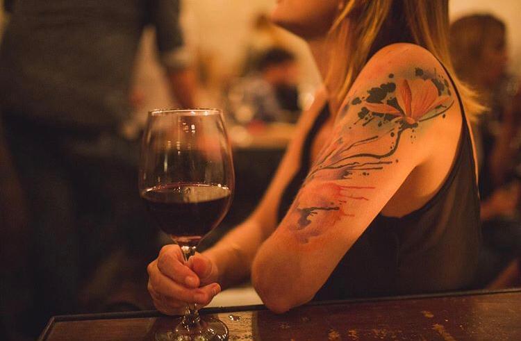 The Wine Bar bar con sistema wine on tap