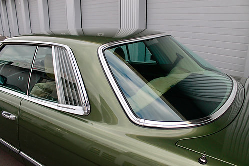 - SOLD -  Mercedes-Benz 450 SLC
