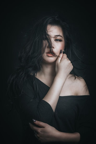 Sapphire Shen makeup Artist