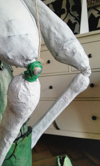 Fix the joints with wire, superglue + package cord + glue