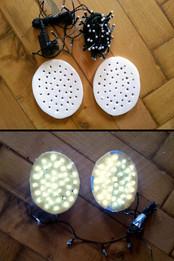 Construction of the eye inner lighting: LED light chain + two carrier plates