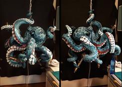 Zwischenstand: farblich grundierter Octopus mit vollständig fixierten Saugnäpfen und Lampenfassungen