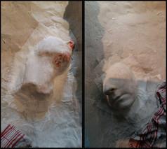Verleimen bzw. Einarbeiten der Abdrücke an der Innenfläche mit Leim-Papier-Machée