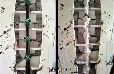 ...mit denen der Rückenpanzer am Teleskop-Mikrofonständer fixiert wird. Dabei wird der Draht zunächst um die Teleskopstange gewickelt, mit Kabelbindern fixiert, mit Sekundenkleber übergossen und anschließend mit Papiermachée ummantelt.