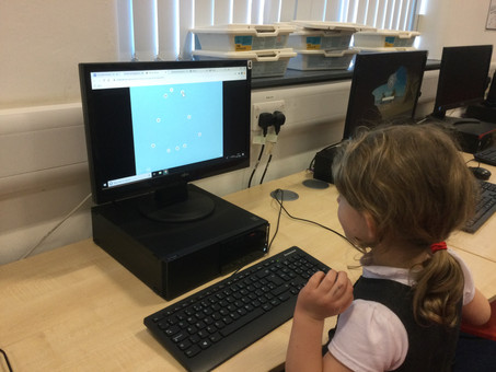 Computing lesson in Reception Class