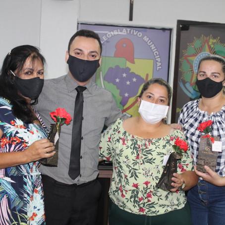 Câmara de Vereadores de Sombrio promove homenagem ao Dia das Mães
