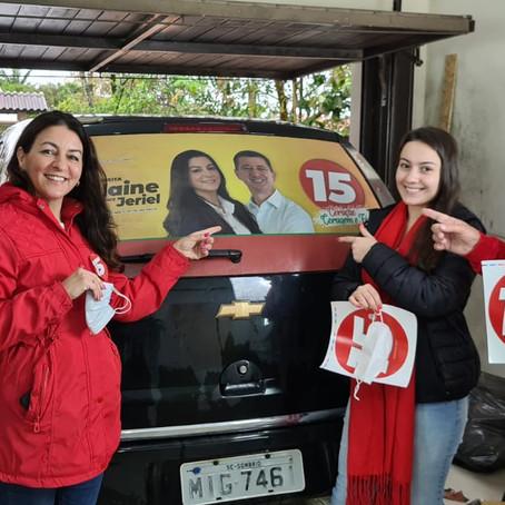 Gislaine e Jeriel adesivam mais de 200 carros no fim de semana