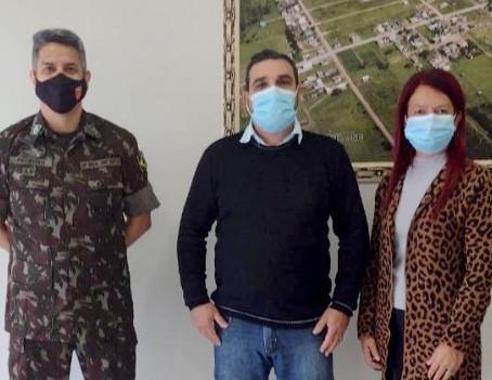 Delegado do Serviço Militar elogia estrutura de Junta em visita a Santa Rosa do Sul