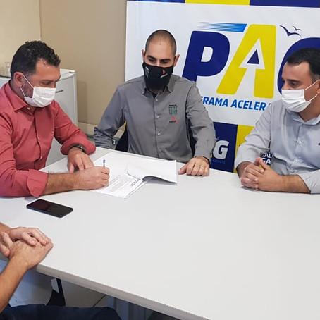 Prefeitura de Gaivota assina termo de cooperação para programa Minha Escritura