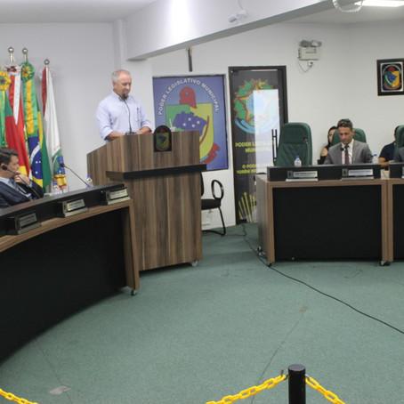 Câmara rejeita contas do prefeito Zenio Cardoso