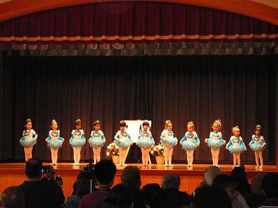 tiny tot dancers.JPG