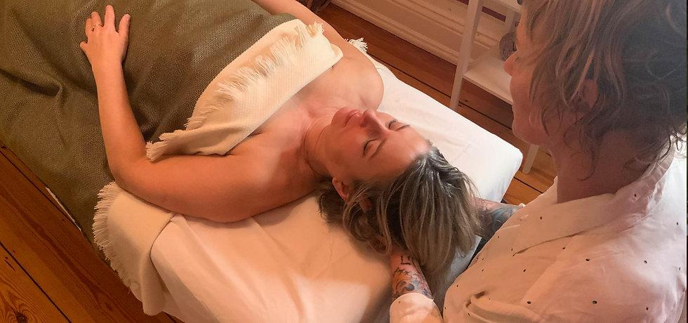 Mascha_header_Massage2.jpg