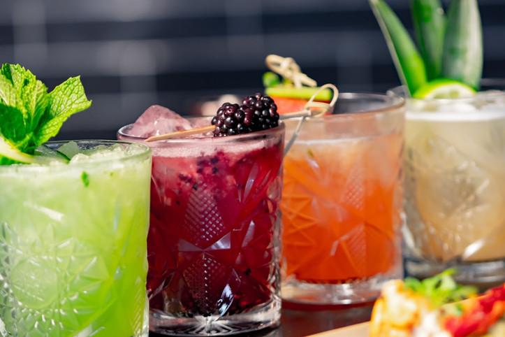 group_drinks_1.jpg