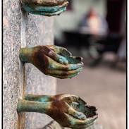 Hands Water Font
