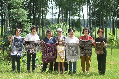 春のヤノフ村 ヤノフ織りとバンド織り10日間