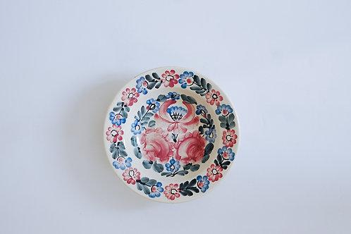 ピンクと空色の花柄小皿(中)