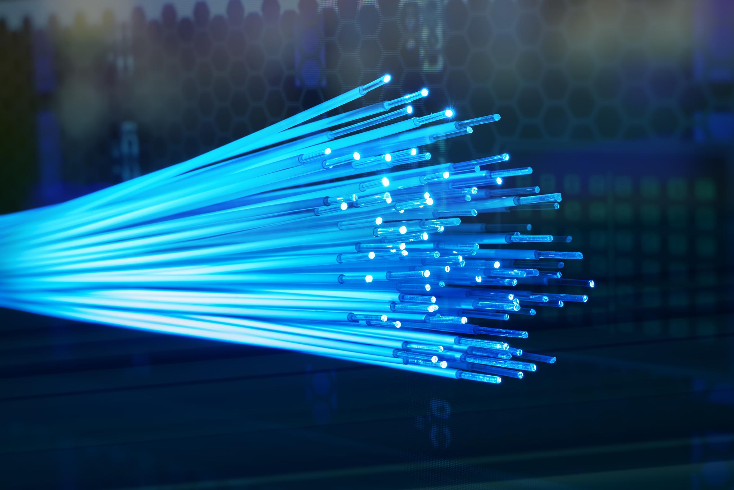 Daten mit Lichtgeschwindigkeit