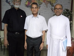 Fr. (Dr) Anthony L. Fernandes Successfully Defends Doctoral Thesis