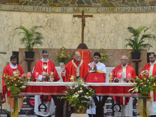 Cardinal Oswald flags off the Academic Year at St Pius