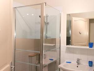 6 salle de bain ret.jpg