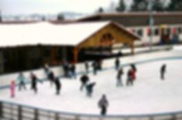Maîche, la patinoire en plein air.