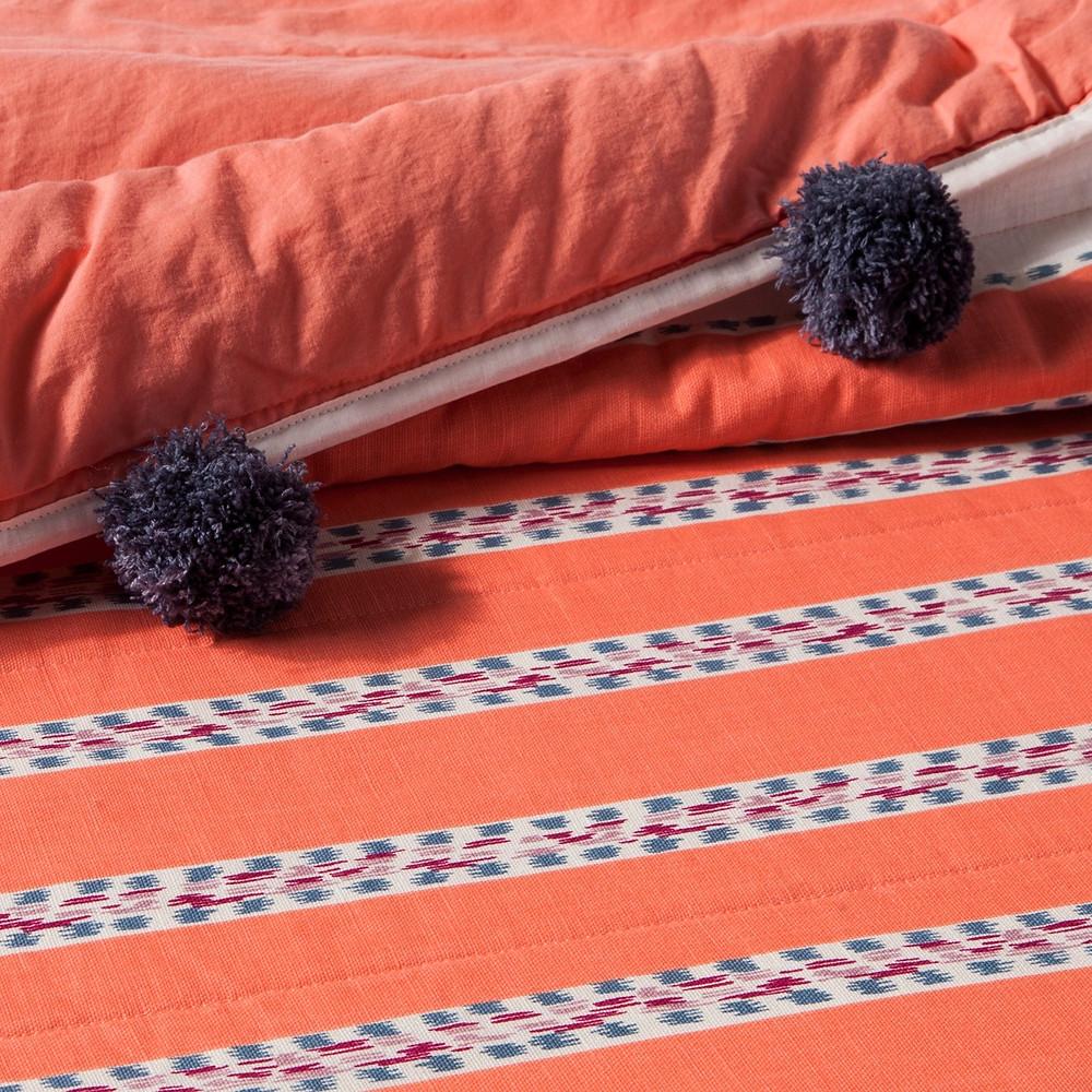 Seine Pompom Stripe Quilt