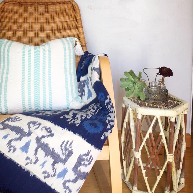 This chair is a free cycle find that was acquired on the morning of this room restyle!