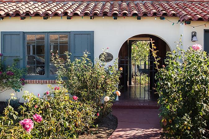 HISTORICAL HOME TUXEDO KITCHEN