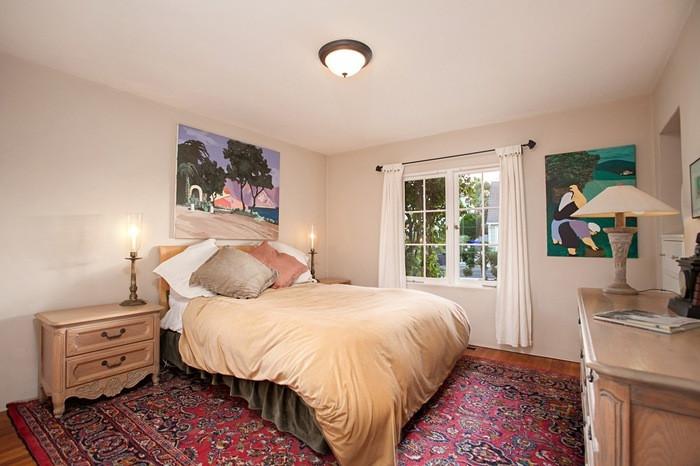 BEFORE: Bachelor Bedroom