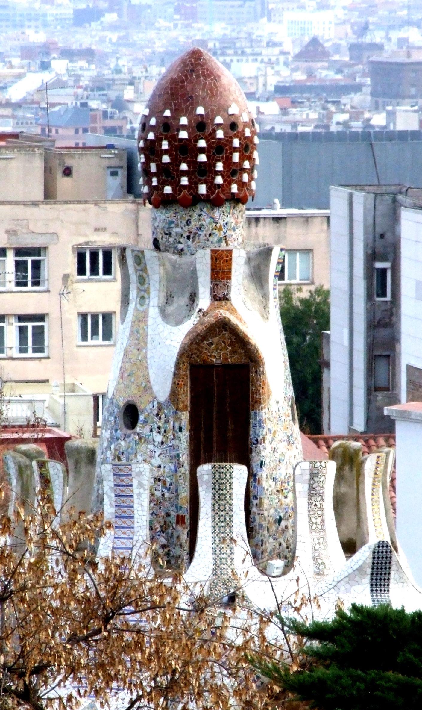 Gaudí architecture image 13