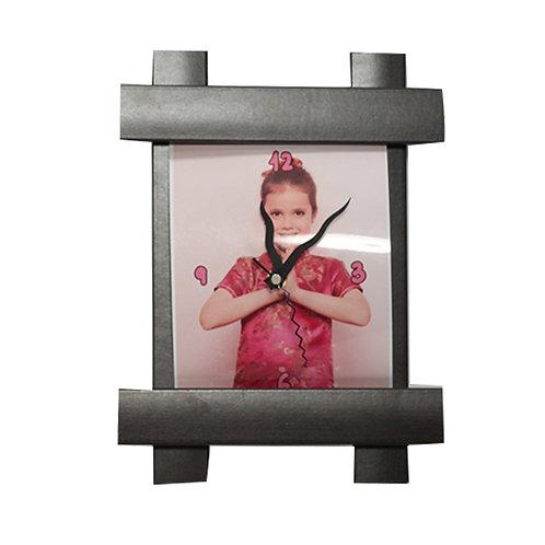 שעון קיר עם תמונה והקדשה קטן