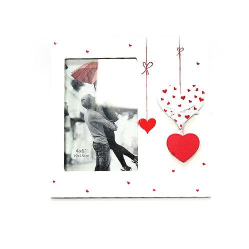 מסגרת love
