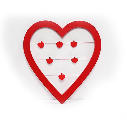 מסגרת לב עם קליפסים