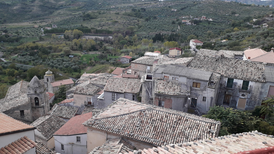 The village of Cleto and its Castle