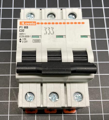 Lovato Circuit Breaker 3 Pole, P1MB3PC32, C Curve. 10KA (UL 1077)