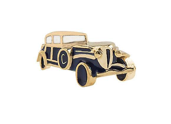 Arthur the Assertive Car Pin