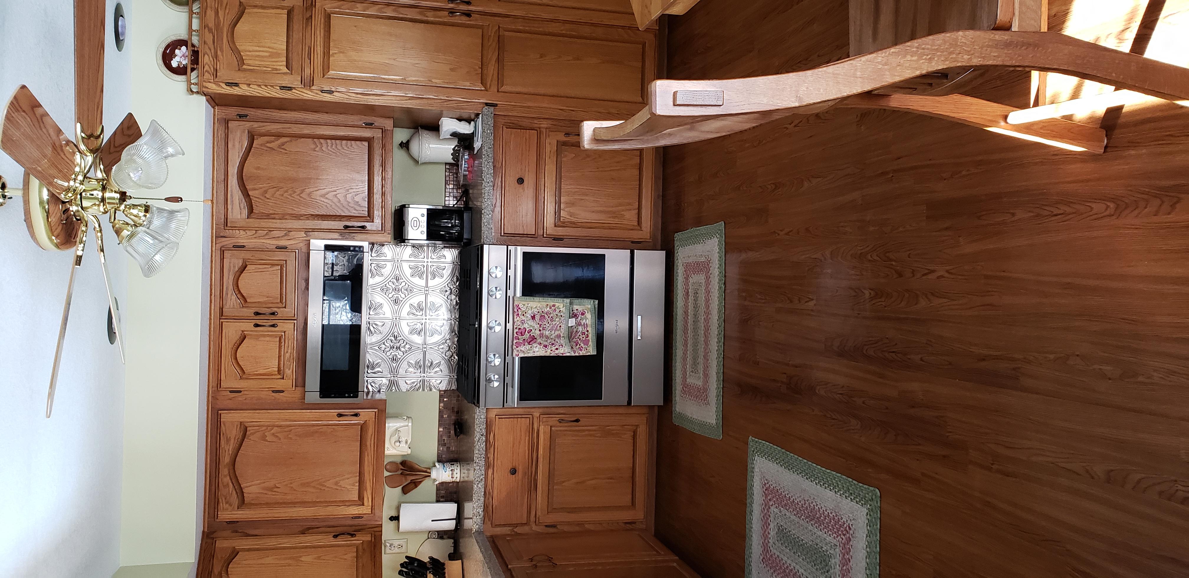 2058 HIllside Ave Mondamin Kitchen2